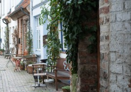 alley-in-lubeck