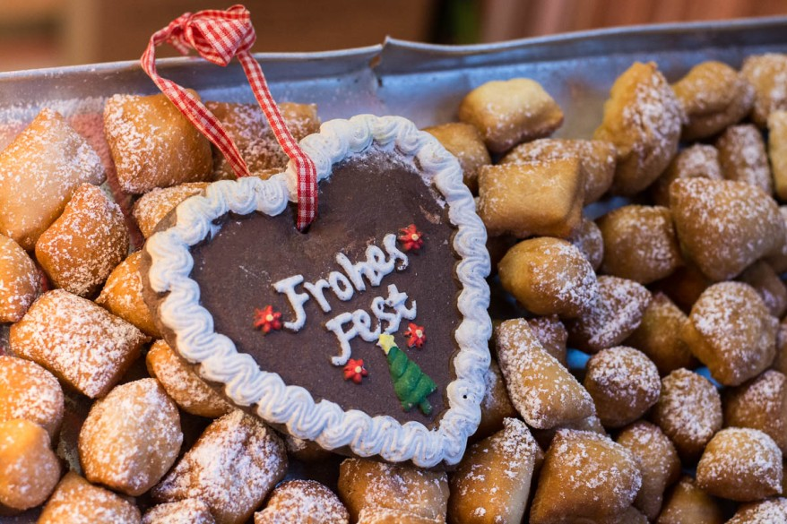 Frohes Fest - Happy Holidays