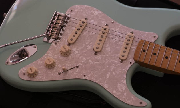Fender Classic Series 50's Stratocaster in Surf Green Picture 2