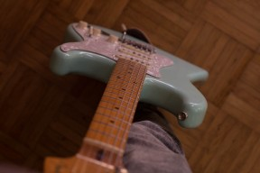 Fender Classic Series 50's Stratocaster in Surf Green Picture 4