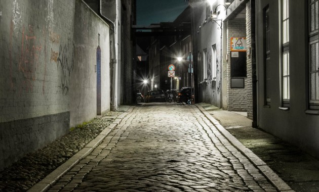 alley in luebeck