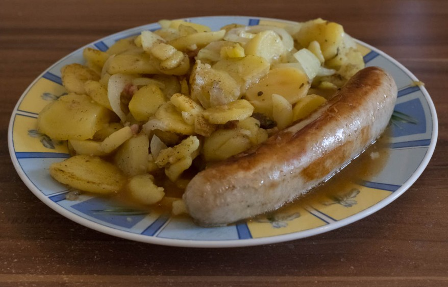 Bratwurst and Fried Potatoes