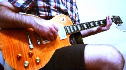 Vintage V100 guitar jam picture